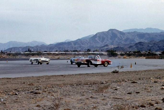Dave MacDonald leads Bob Schilling at palm springs raceway