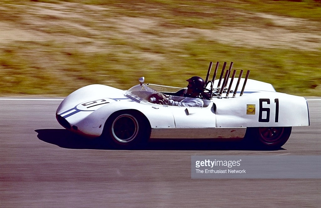 dan gurney at la times gp and Dave MacDonald in Shelby King Cobra