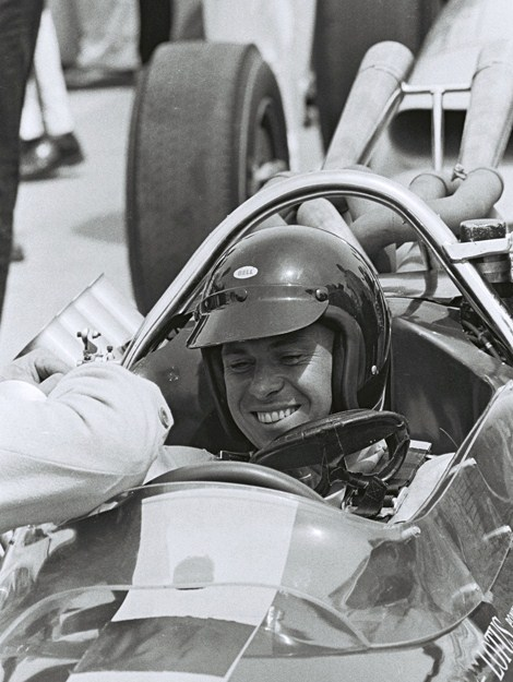 jim clark at 1964 indy 500 qualifying run