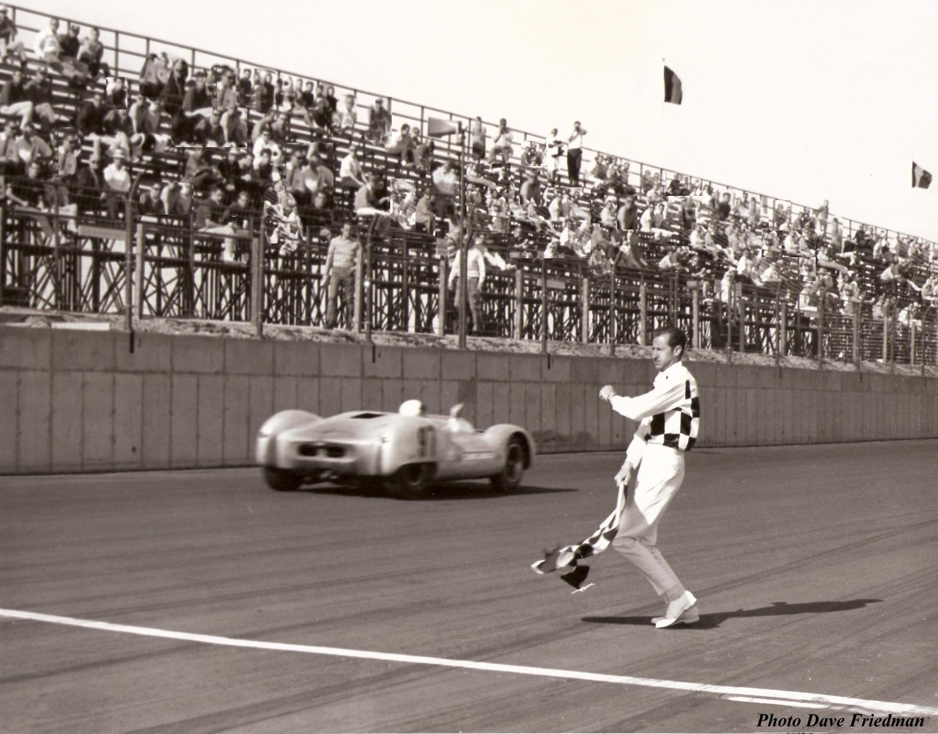Dave MacDonald scores victory in the Shelby King Cobra Lang-Cooper at Phoenix